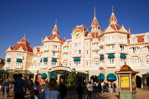 Ex coach arrested for allegedly molesting player at Disneyland Hotel