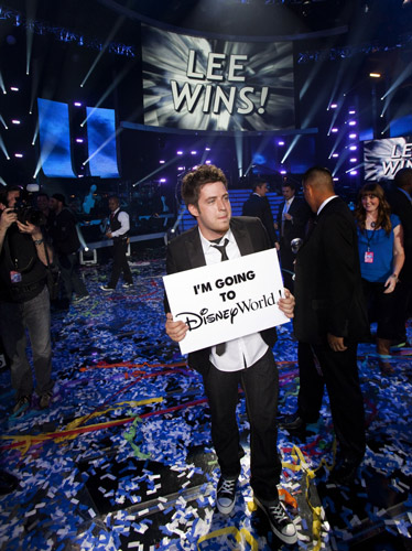 'American Idol' Champion Lee DeWyze 'Going to Disney World' on Monday