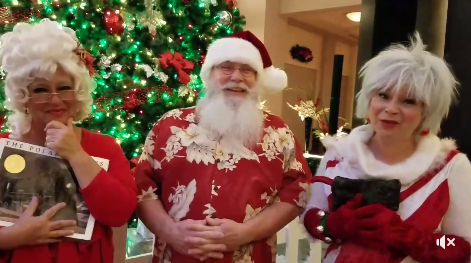 Santa and Mrs. Claus Escape Snow and Ice for Sunny Getaway at the Walt Disney World Swan and Dolphin Hotel