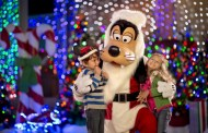 Holiday Family Photos at Walt Disney World