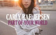 Carly Rae Jepsen sings Part of your World from the Little Mermaid