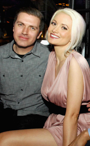 Holly Madison to Marry at Disneyland