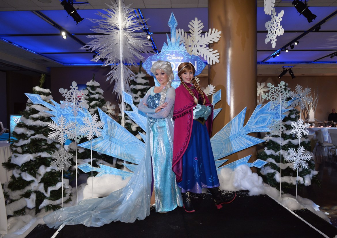 Anna and Elsa to Join the Festival of Fantasy Parade at Walt Disney World