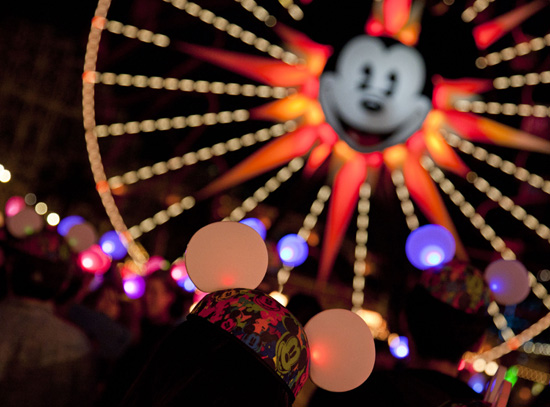 World of Color – Winter Dreams at Disney California Adventure with 'Limited Time Magic'
