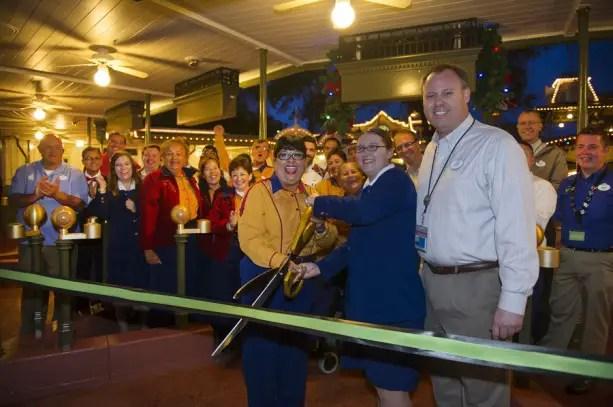 Magic Kingdom Makes Disney History As All Disney World Parks Go Turnstile Free