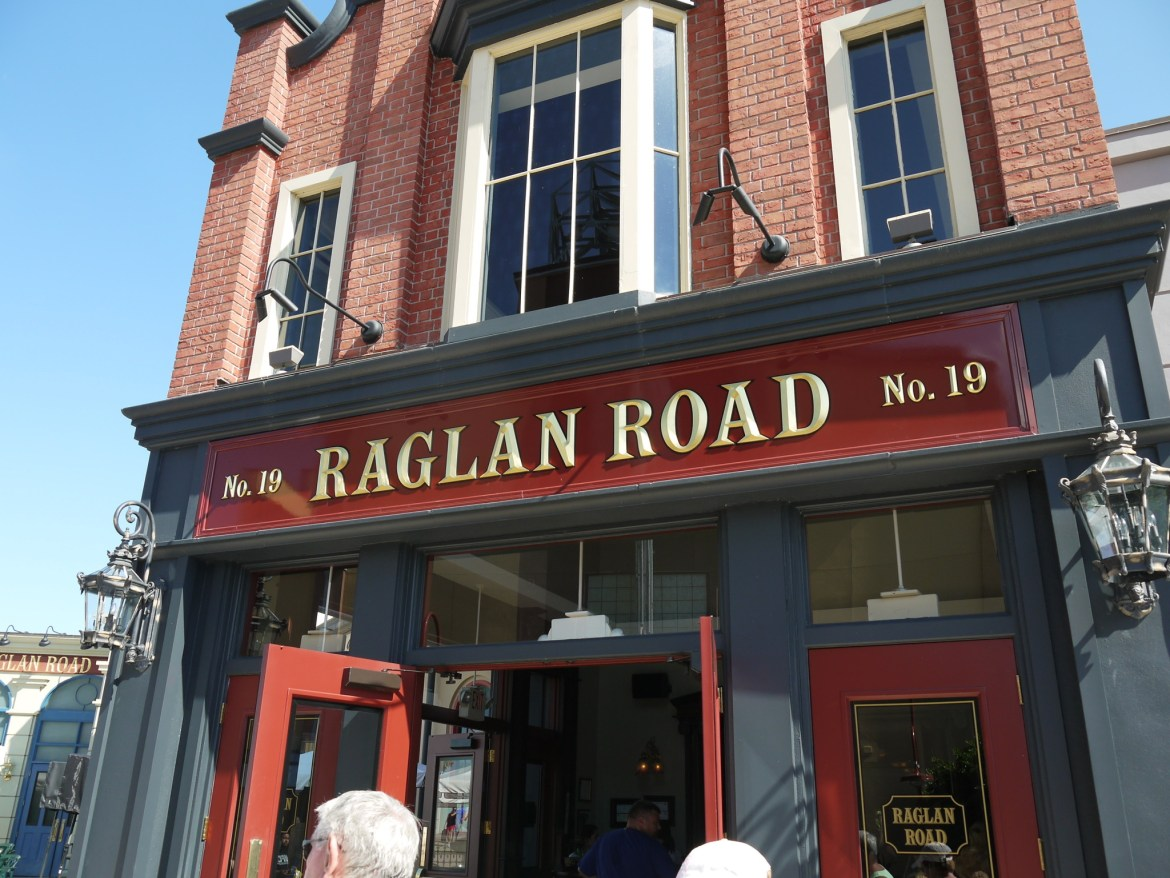 The Award for Best Restaurant goes to Raglan Road