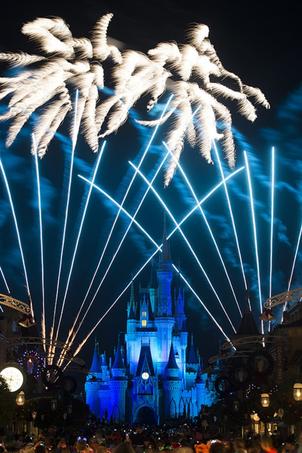 Live broadcast of New Year's Eve Fireworks from the Magic Kingdom