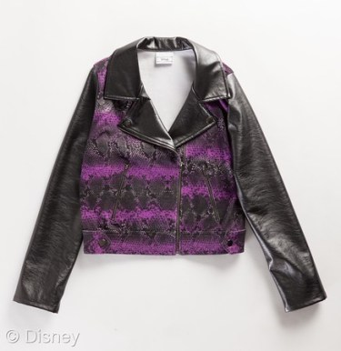 Disney Descendants D-Signed Collection Licensee: Jaya MSRP: $24.00 - $50.00 Retailers: Kohl's and Kohls.com Available: Now Inspired by Descendants, this edgy D-Signed Disney Special Edition Collection provides several go-to pieces for girls including Moto Jacket, graphic tees, a faux fur vest, dresses, skirts and more!