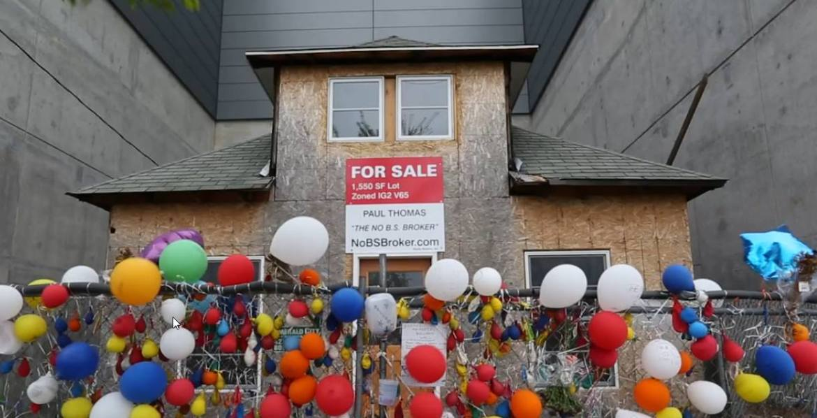 """The Seattle """"Up"""" House to be Saved from Demolition"""