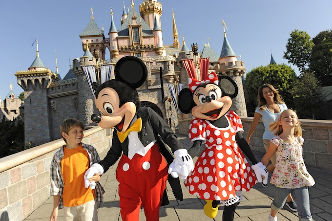 2016 Disneyland Resort Vacation Packages now Available!