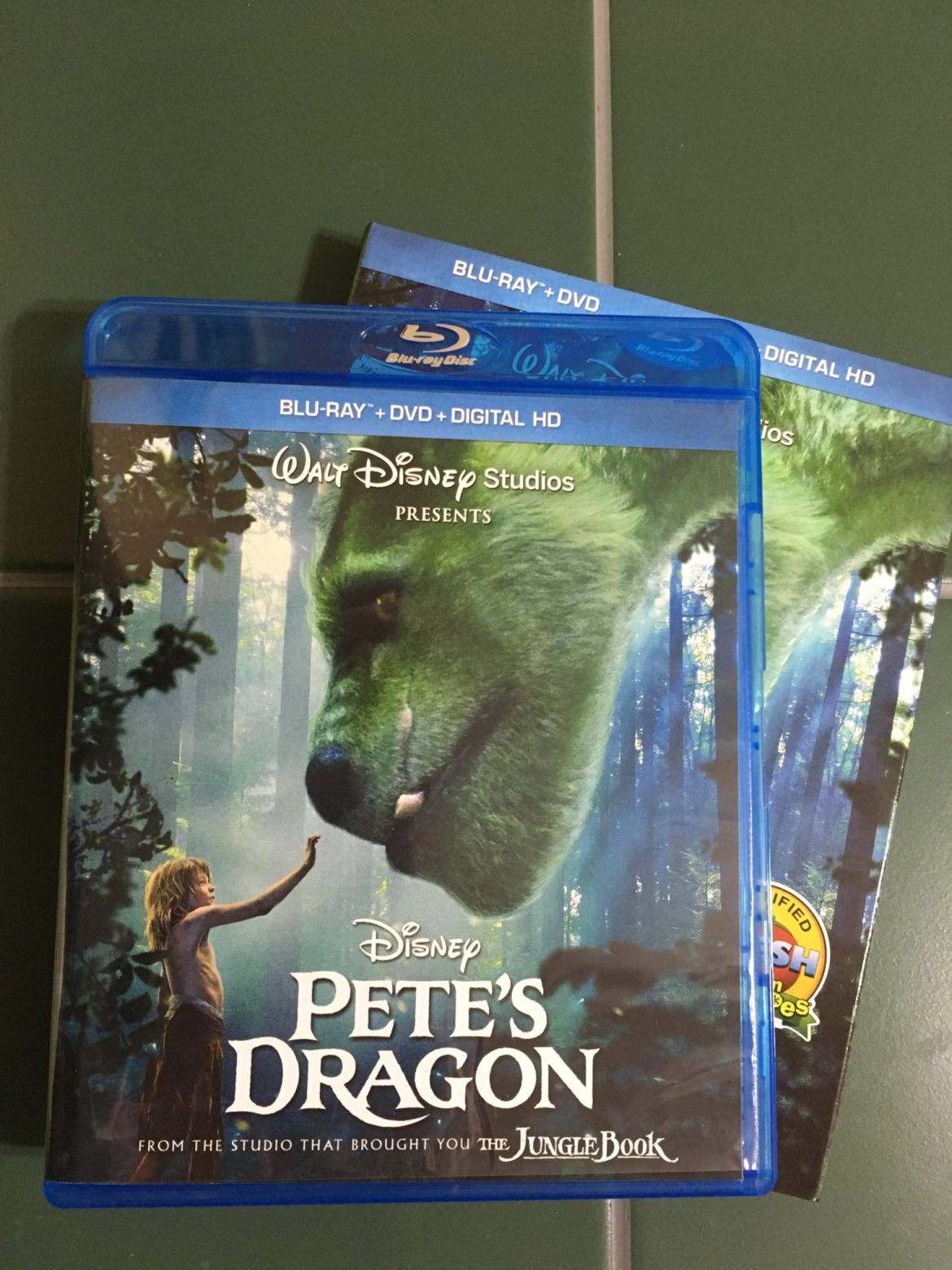 """Pete's Dragon"" Blu-Ray Review"