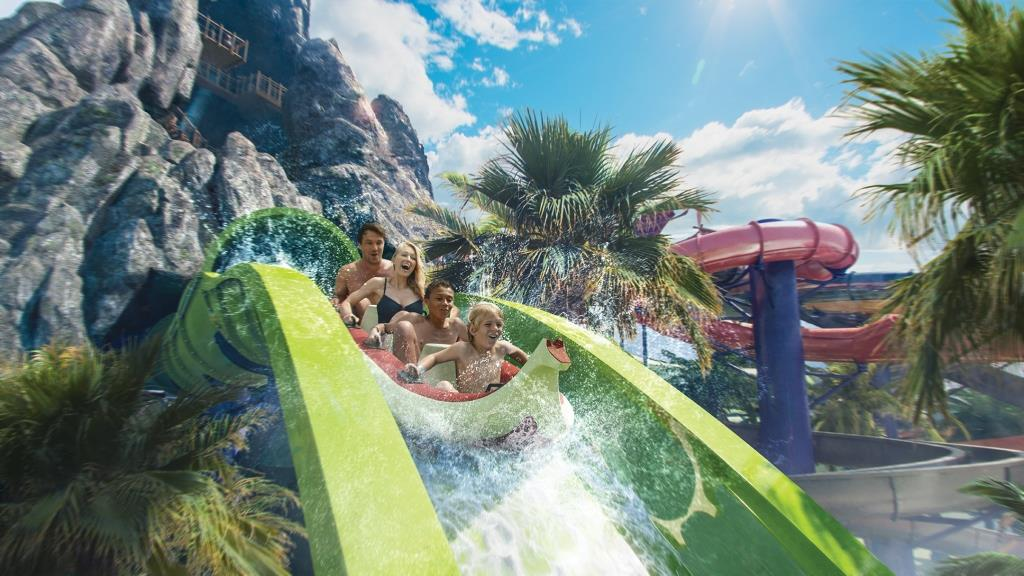 Universal Studio's Resort Volcano Bay opening in summer 2017