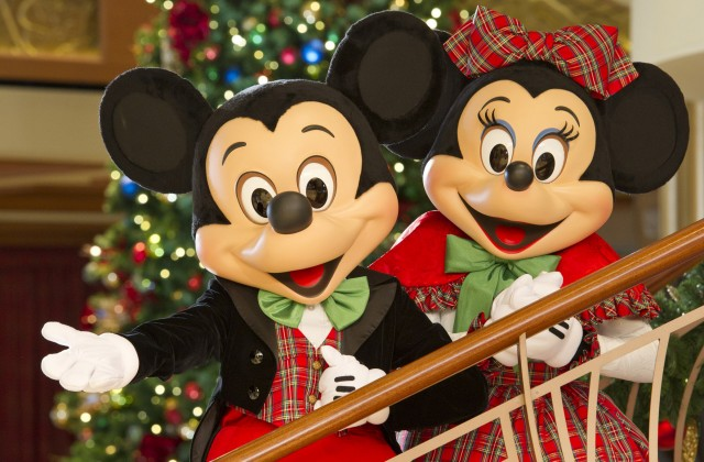Roundup of New Festivities this Holiday Season at Disney Parks
