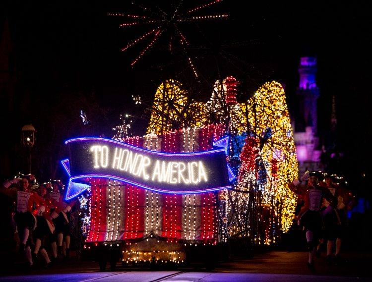 CONFIRMED: Main Street Electrical Parade at Disneyland Extended