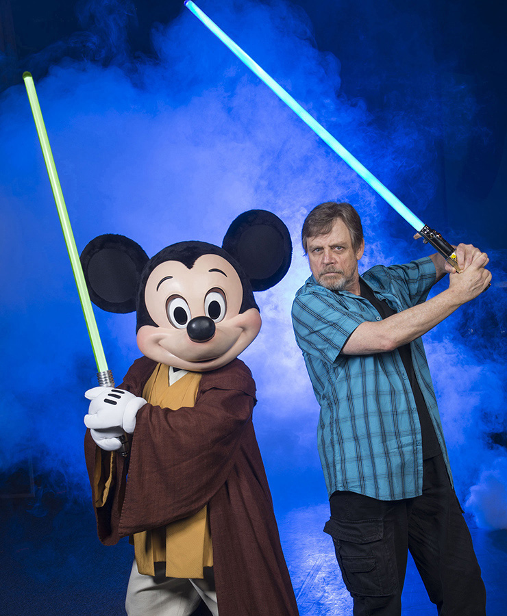 Mark Hamill, Minnie Mouse and Zoe Saldana To Get Stars on Hollywood Walk of Fame