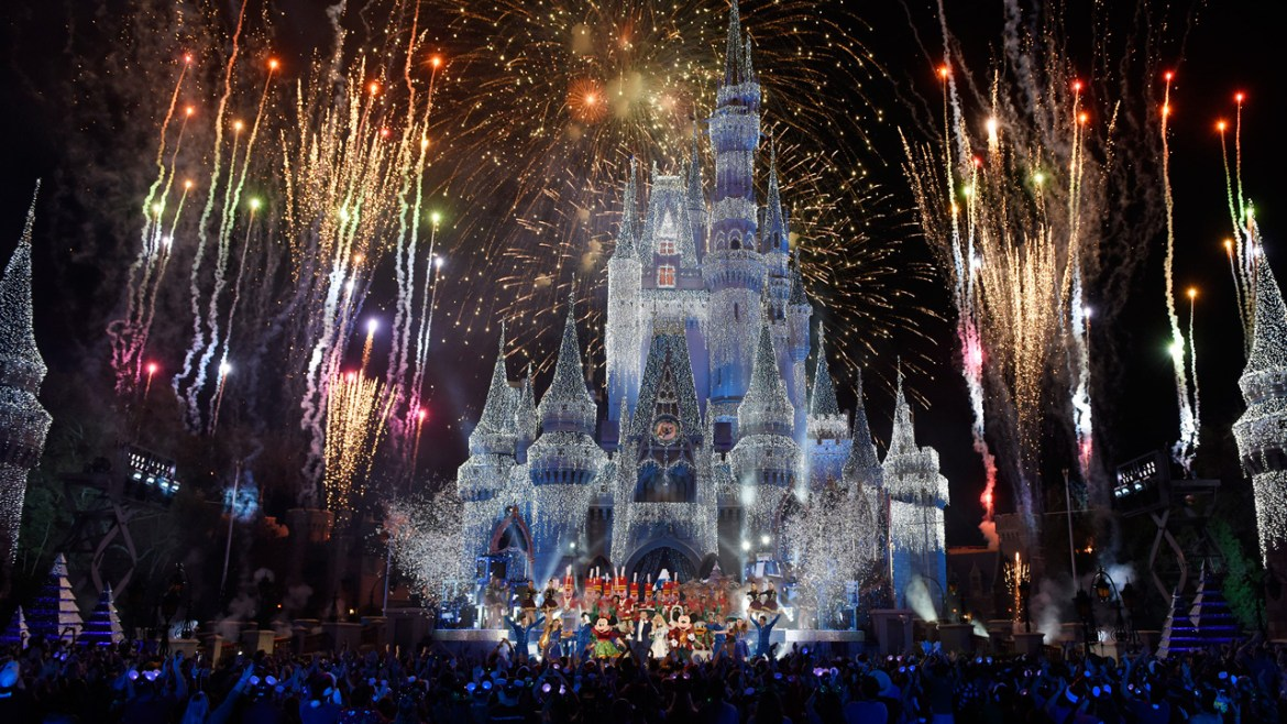 Bring the Disney Holiday Magic Into Your Home with Star-Studded Specials on ABC, Disney Channel, and FreeForm