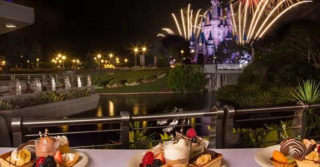 Mickey's Very Merry Christmas Dessert Parties