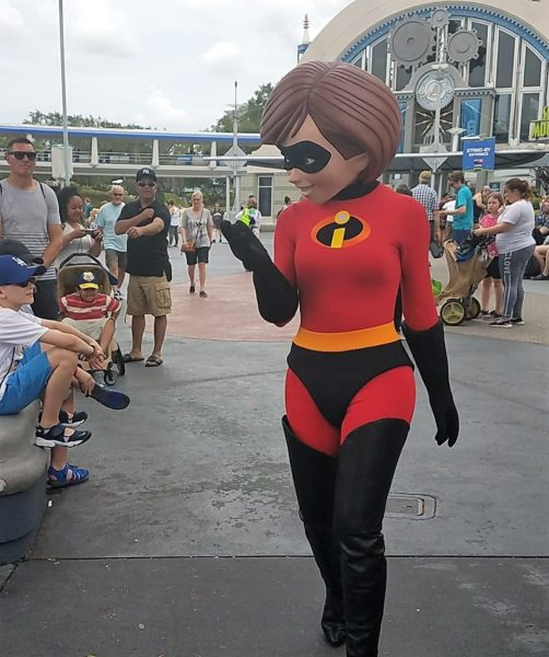 Incredible Tomorrowland Expo Super Characters Now Meeting Daily 1