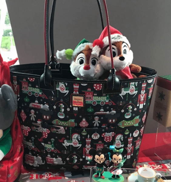 First Look At The 2018 Disney Holiday Merchandise 1