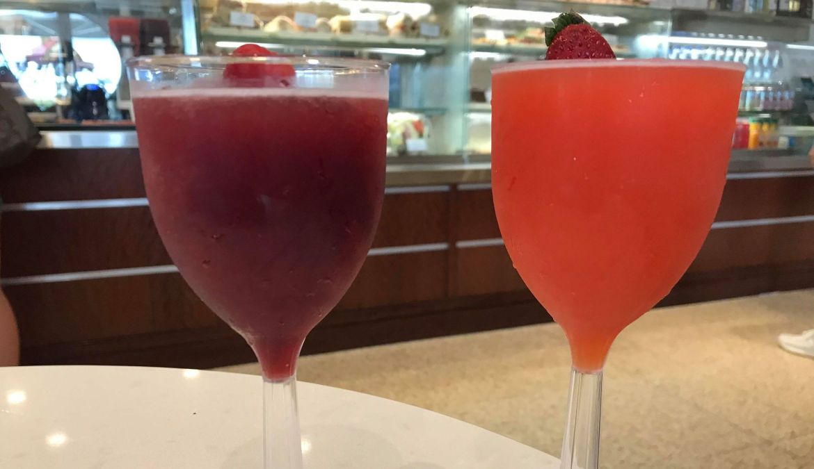 Pizza Ponte Frozen Seasonal Drinks Now Available in Disney Springs