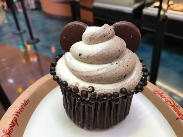 Shiny New Oreo Hazelnut Cupcake At Artist's Palette 2