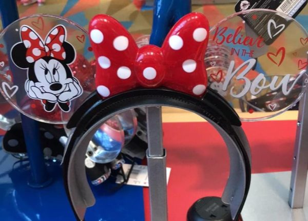 Minnie Mouse Glow Headbands Light Up The Night At Disney parks 1