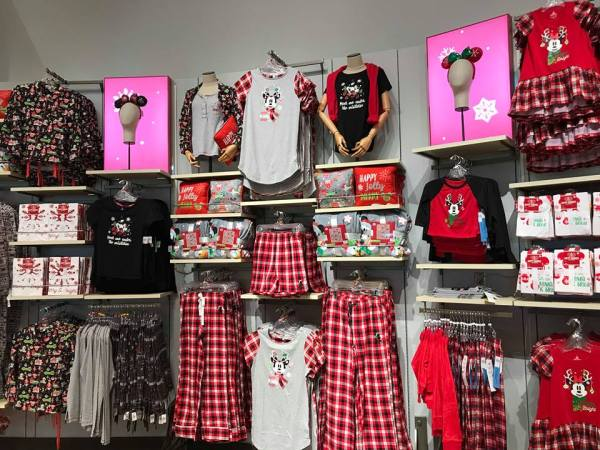 Merry Christmas! Disney Holiday Merchandise Has Arrived! 3