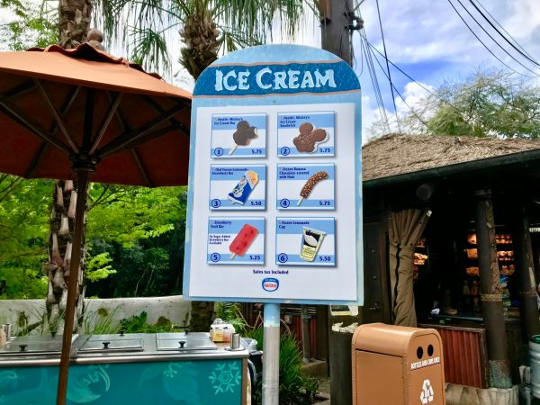 New Hot Dog Concession Cart Pops Up in Harambe Village