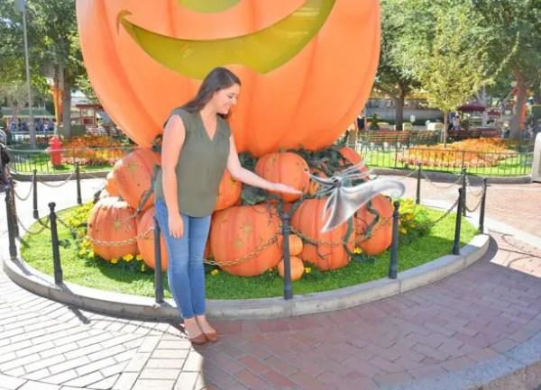 Spooktacular Photo Pass Shots Arrive at Disneyland 3