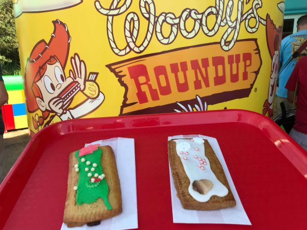 Toy Story Land Holiday Lunch Box Tarts