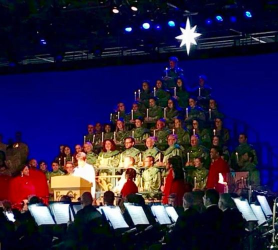 2018 Candlelight Processional Opens With First Narrator Chita Rivera 9