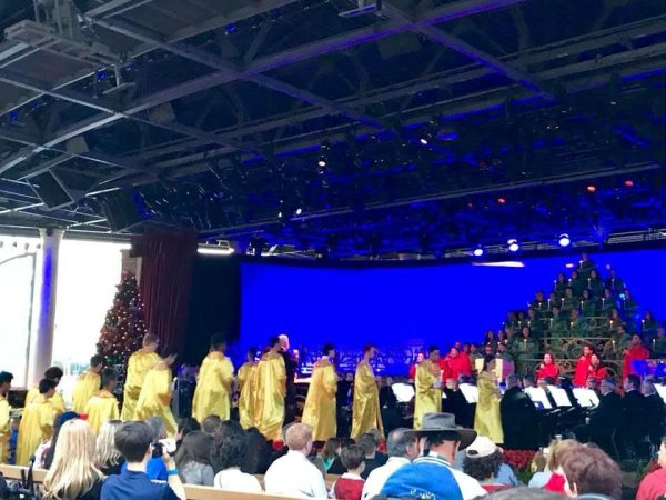 2018 Candlelight Processional Opens With First Narrator Chita Rivera 6