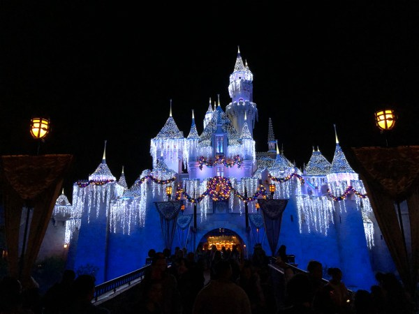 Have a First Look at Disneyland's Magical Holiday Decorations! 1