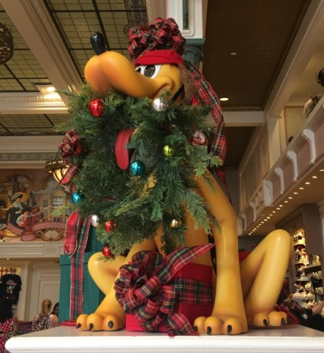 Magic Kingdom Holiday Decor 15