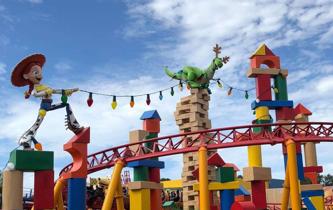Toy Story Land is Tons of Fun This Christmas
