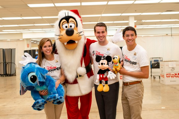 Thousands of Toys Donated by Walt Disney World Resort Cast Members Are Delivered