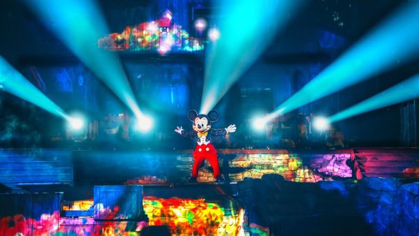 Fantasmic! at Disneyland Park Closing for Refurbishment