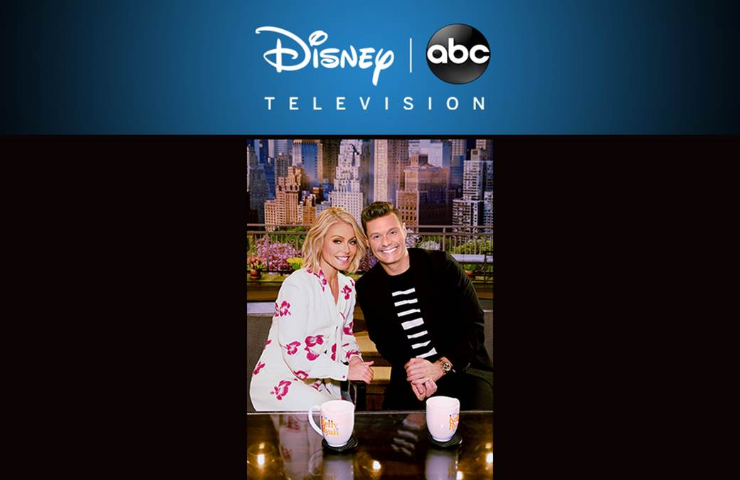 'Live With Kelly And Ryan' Rings in the 2018 Holiday Season