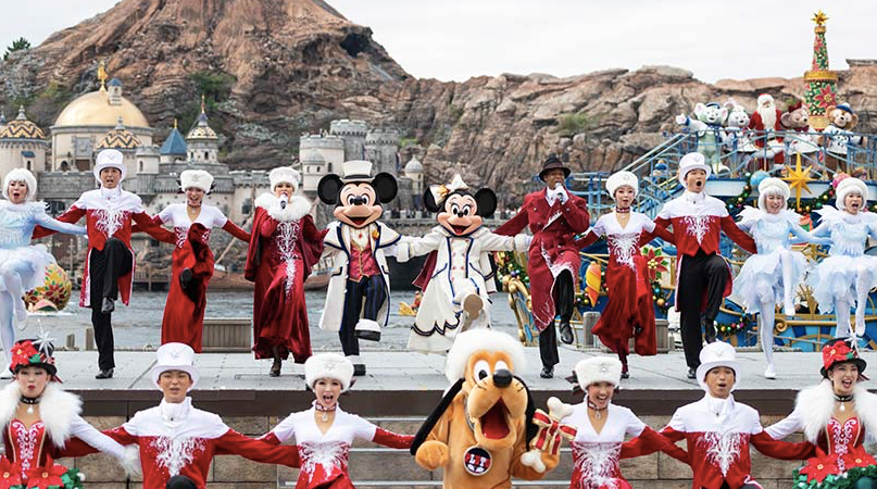 Tokyo Disney  'It's Christmas time' – A Spectacular Live Show
