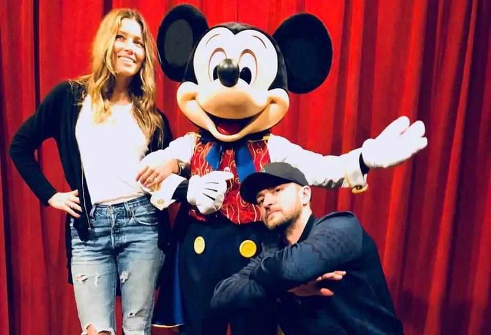 Justin Timberlake Visited the Magic Kingdom on Christmas!!