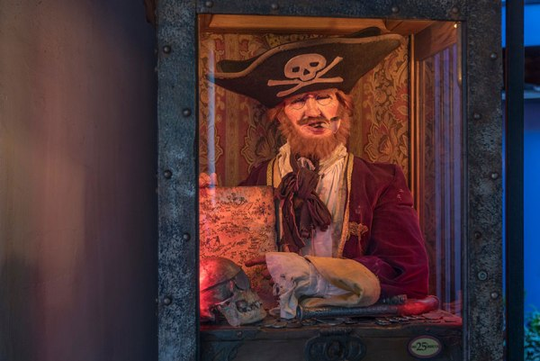 New Disneyland Fortune Telling Experience on Play Disney Parks App 3