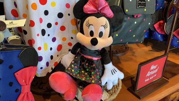 Rock The Dots Collection Celebrates Minnie's Style 8