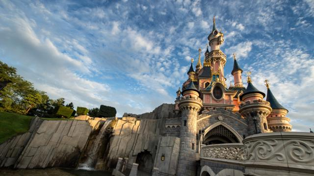 Disneyland Paris canceling reservations up to July 14th