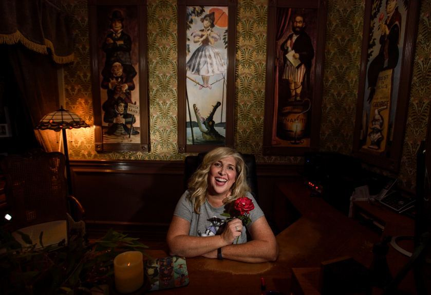 A Wife Redecorates her Husbands Office into the Haunted Mansion