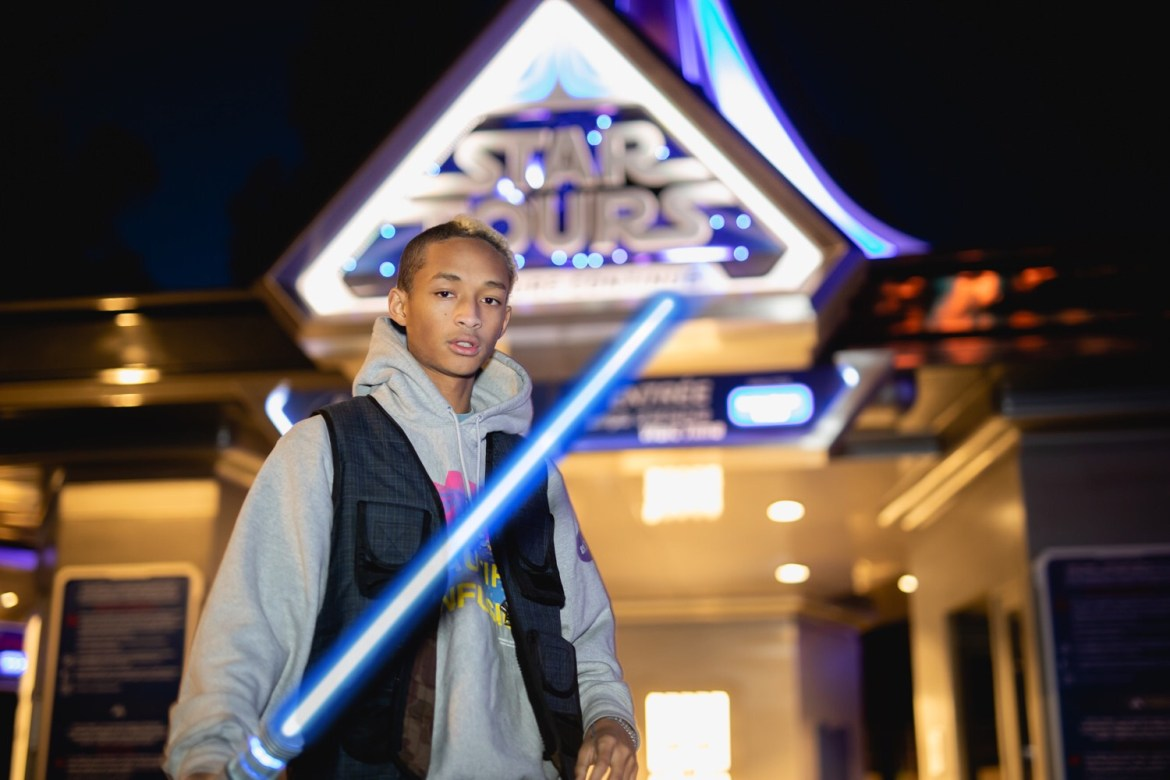 Jaden Smith Feels the Force at Disneyland Paris!