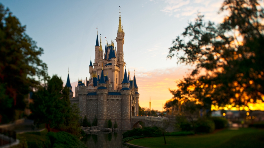 Announced! Disney Has Extended Park Hours on Select Dates in Magic Kingdom.