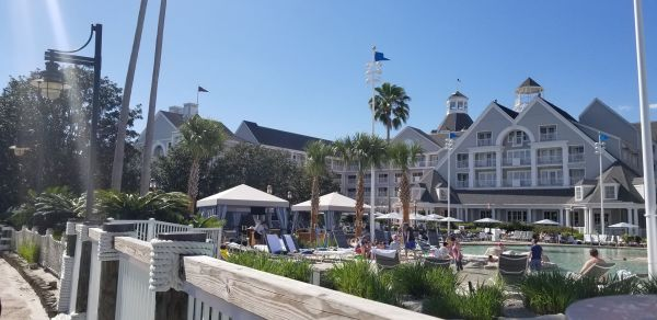 Poolside Cabanas Now at Yacht & Beach Club Resorts 2