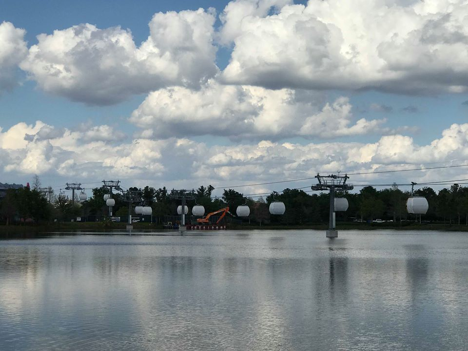 New Video and Pictures of the Disney Skyliner!