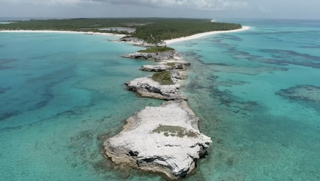 Bahamian Government Agrees To Disney Purchase Of Lighthouse Point