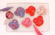 Mickey-Shaped Cookie Pops Recipe